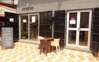 BIBLIOTHEQUE-CAFE NUNYA